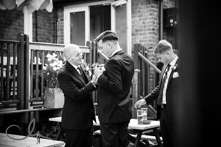 Lobster-Shack-Whitstable-Wedding-Photography---Collette-&-Alex-4