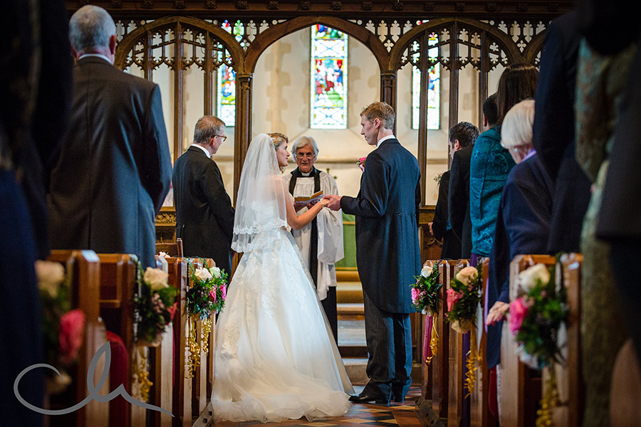 boughton under blean church couple exchange their wedding vows