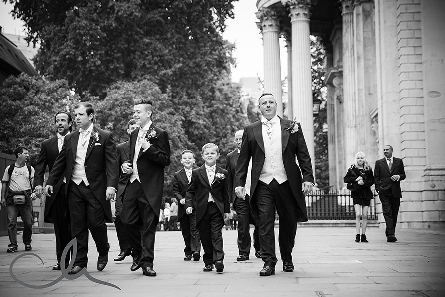 St-Paul's-Cathedral-Wedding-Photography-12