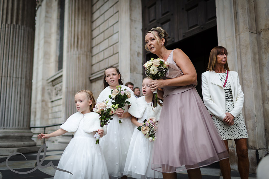 St-Paul's-Cathedral-Wedding-Photography-19