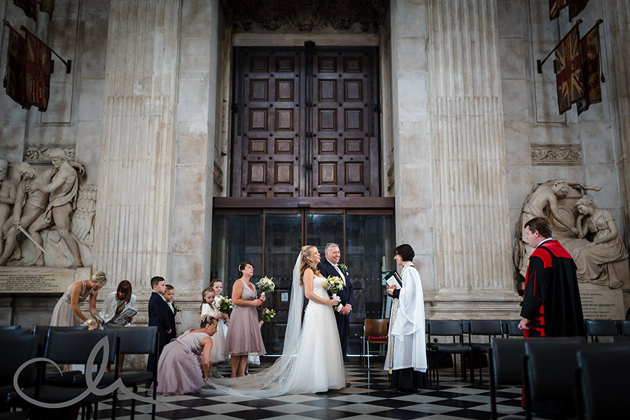 St-Paul's-Cathedral-Wedding-Photography-25