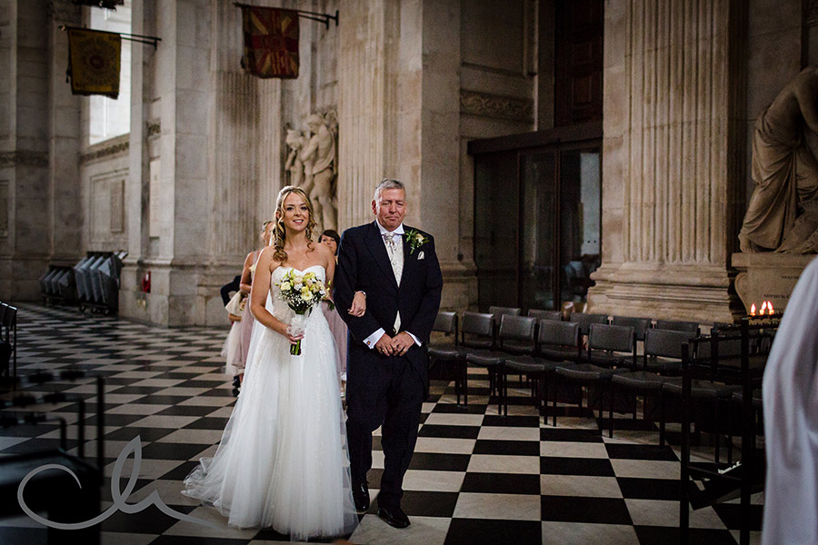 St-Paul's-Cathedral-Wedding-Photography-26