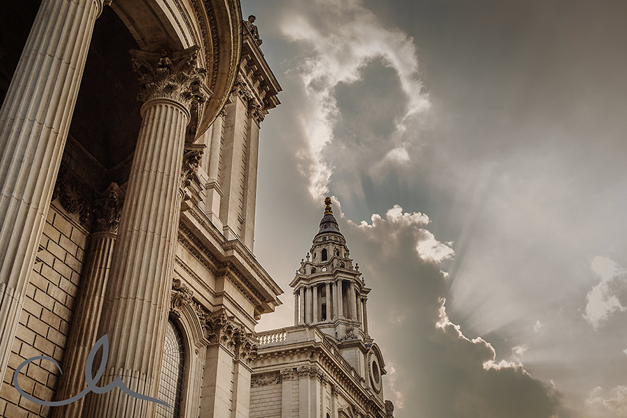 St-Paul's-Cathedral-Wedding-Photography-67