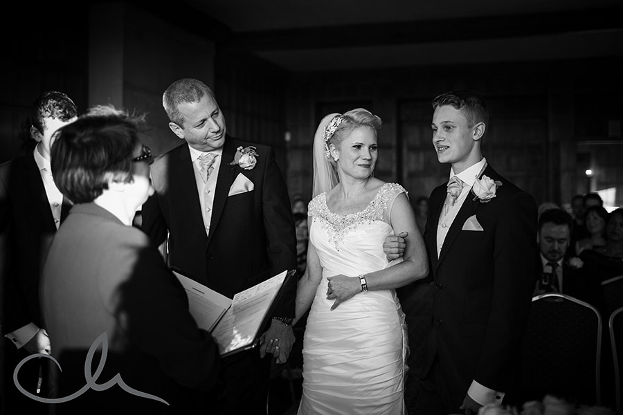 Sarah-&-Ian's-Lympne-Castle-Wedding-22