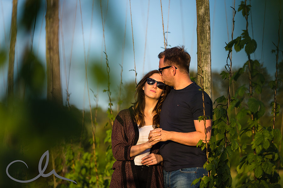 Matt-&-Amy's-Kent-Countryside-engagement-shoot-4