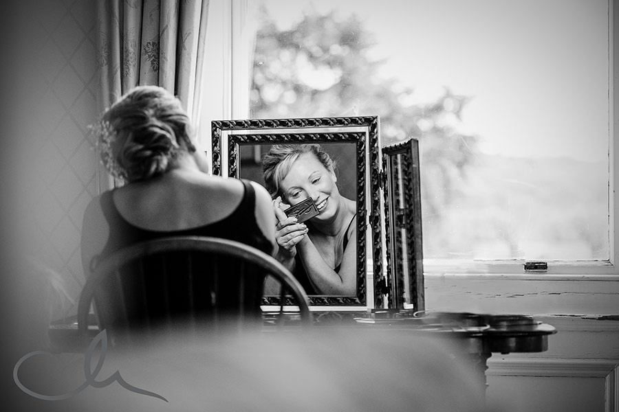 Bridal prep at-Mount-Ephraim Gardens-Wedding