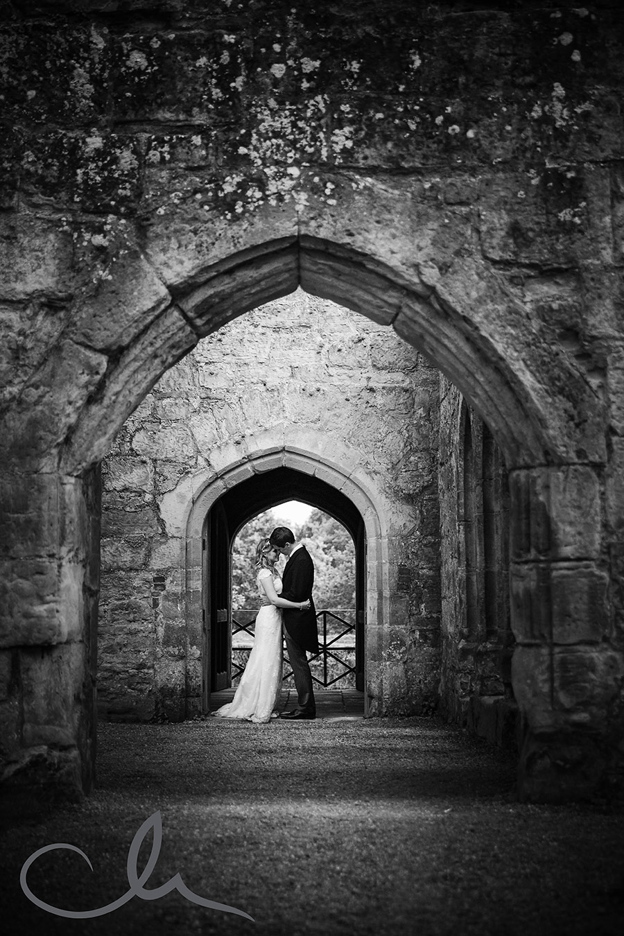 Laura-&-Henry's-Bodium-Castle-Wedding-64
