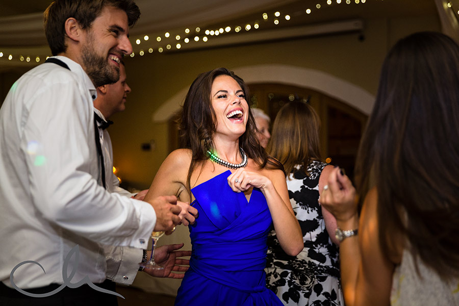 guests dancing at La Mare Wine Estate Wedding