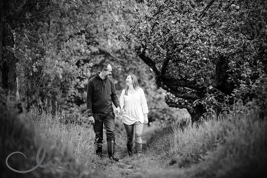 Derek-&-Caroline's-kent countryside engagement shoot