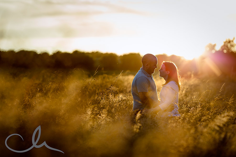 engagemed couple Paul and Helen have their kent countryside photoshoot