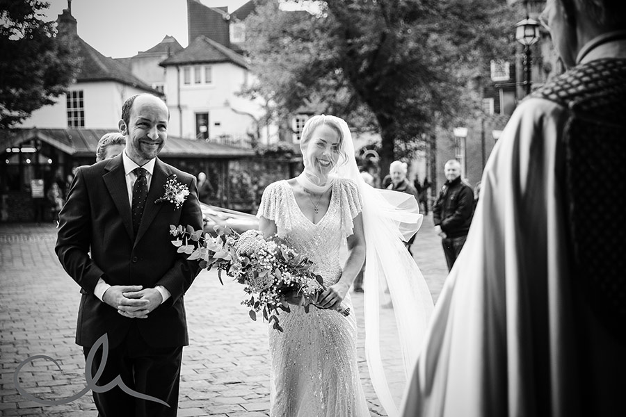 emma-steves-canterbury-cathedral-wedding-18