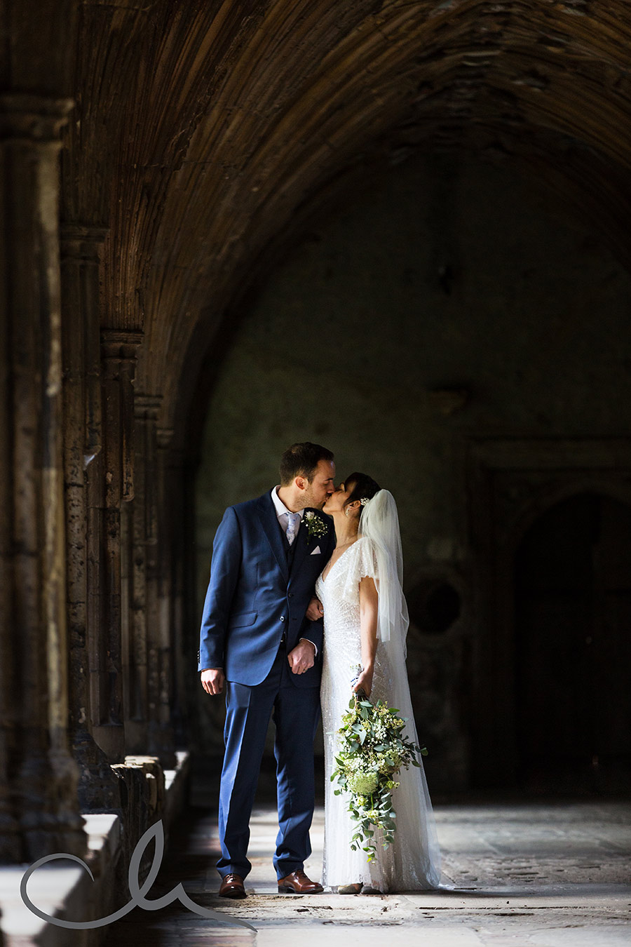 emma-steves-canterbury-cathedral-wedding-45