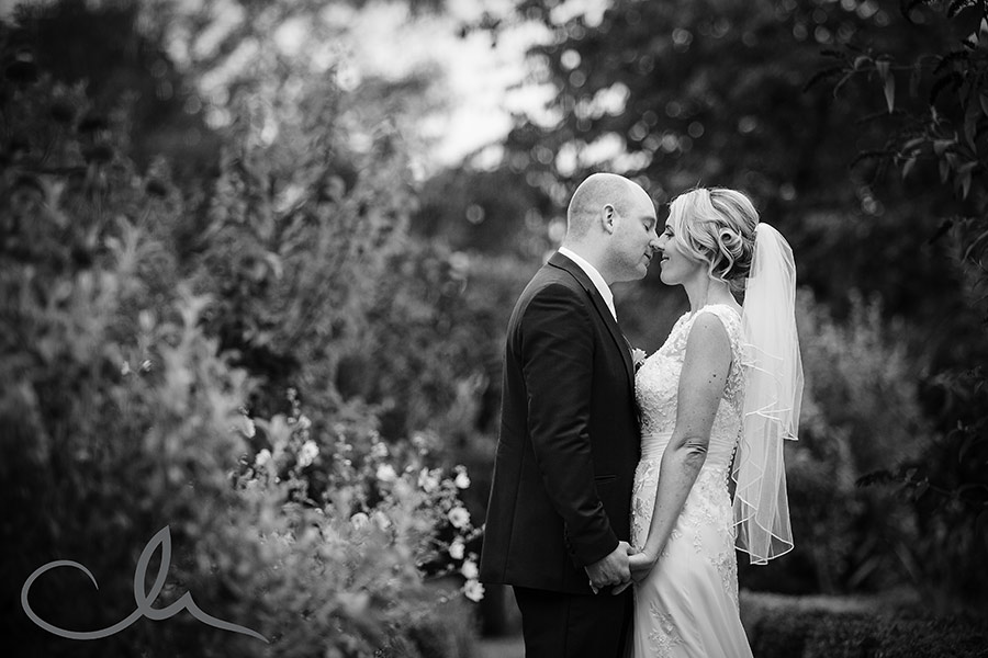 secret-garden-kent-wedding-photos-43